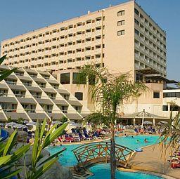 Das 5-Sterne #Hotel auf #Zypern bietet Indoor und Outdoor Pools, 6 Restaurants, 3 Bars, Animation und vieles mehr.