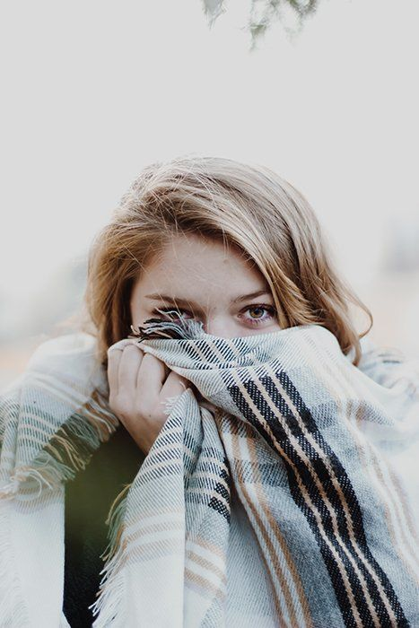 You can use this to emphasise the colour of your model's eyes. All she needs to do is hide behind a scarf or a colourful piece of fabric. Ideally, it should complement her skin tone and eye colour. #photoposes #photography #photoshoot #photooftheday #posesforpictures #follow #model #love #portrait