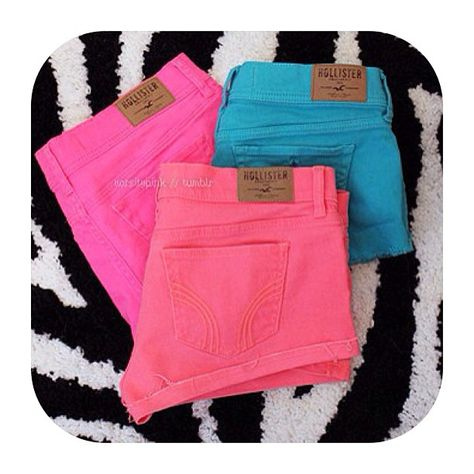 Hollister colored shorts..so cute!!! Wish they were a little longer though