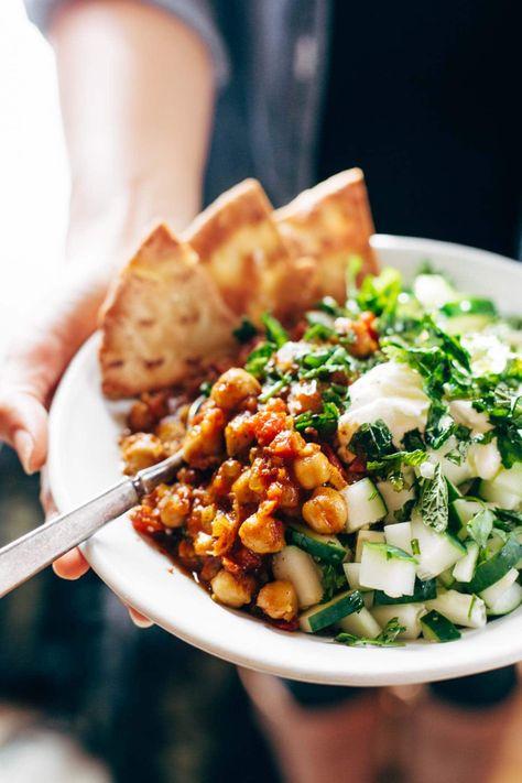 Detox Moroccan Chickpea Glow Bowl: clean eating meets comfort food! vegetarian / vegan. #vegetarian #sugarfree #vegan #healthy #cleaneating #simplerecipe #detox | pinchofyum.com