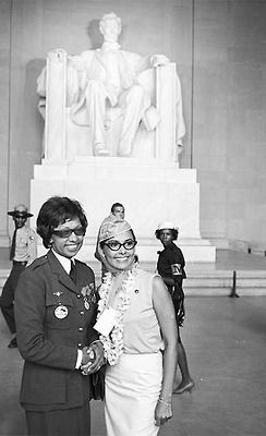 Josephine Baker and Lena Horne at the March on Washington.   Classic beauties.