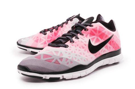 size 40 61f08 969a2 WMNS Nike Free TR Fit 3 PRT 555159-100 Running WhiteBlack ..
