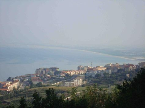 Borgonovo Penthouse, Pizzo, Calabria. Italian holiday homes and investment property for sale.