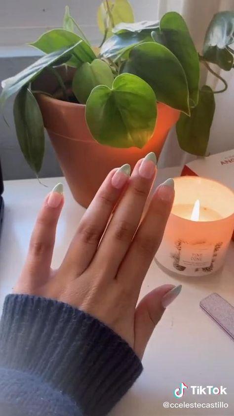 ALL CREDITS GO TO @/ccelestecastillo on tiktok!!! 🤎🤎🤎🤎🤍🤍🤍 nails nailart inspo ideas tiktok nails pinterestnails selena gomez kendall jenner tumblr fake nails easy tips