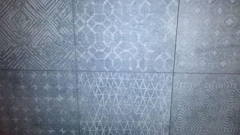 Primitieve patronen. Heeft ook wel wat. #tegels #tiles