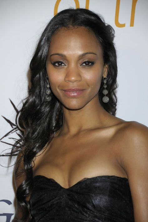 Zoe Saldana In Saldana starred in The Losers in which she played Aisha al-Fadhil, for which she was required to gain weight, as she was expected to carry weapons around for eight hours a day