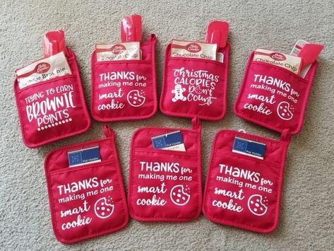 Teacher Gift Baking Gift FAST FREE SHIPPING Custom Potholder Set
