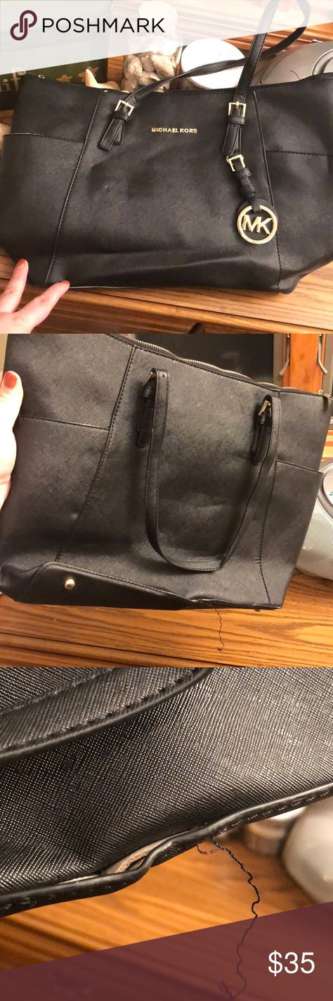 abc937496f687a *Not Authentic* Michael Kors Black Knock-Off Bag Purchased from Poshmark,  this is not a high quality MK Bag. Clearly a knock-off. See pictures.