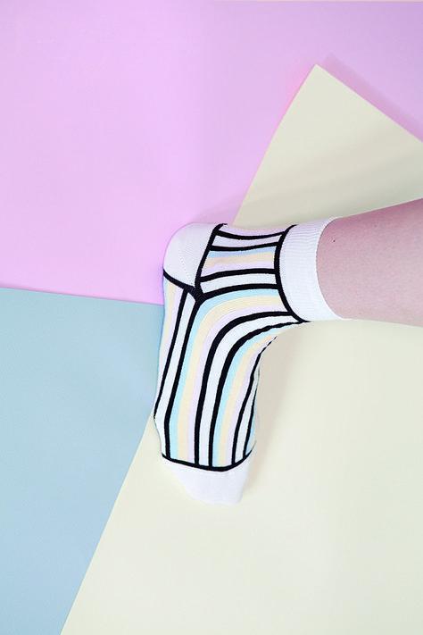 Découvrez Cornaërt, la marque de chaussette 100% française, sur clik clk le blog d'inspiration.
