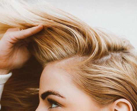 10 Ayurvedic Solutions for Thinning Hair - The Chalkboard #hairlosstips #Haircaretipsfrizzy