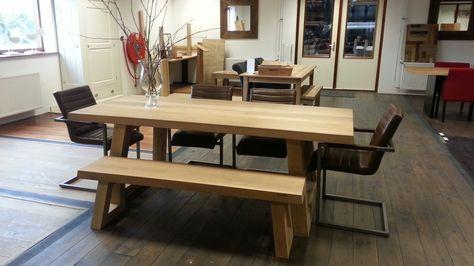 Houten Vloeren Tiel : Showroom fairwood houten vloeren tiel angle tafel met bankje en