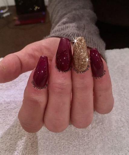 17 Ideas nails design dark red gold glitter nails