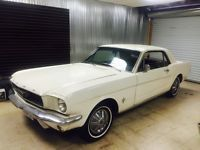Ford: Mustang Sprint 200