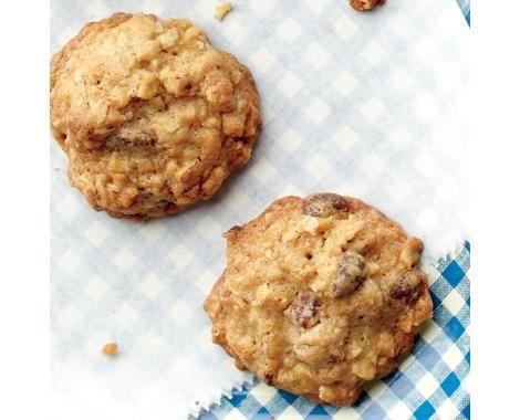 Chocolate chip oatmeal pecan cookies