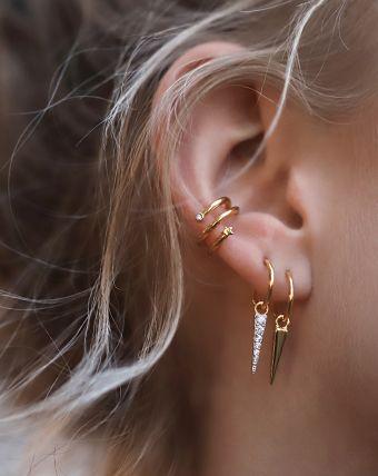 Mini Bar Stud earrings in Rose Gold fill, short gold bar stud, gold fill bar post earrings, gold bar earring, minimalist jewelry - Fine Jewelry Ideas Ear Jewelry, Cute Jewelry, Crystal Jewelry, Gemstone Jewelry, Cartier Jewelry, Body Jewelry, Missoma Jewellery, Tiffany Jewellery, Snake Jewelry