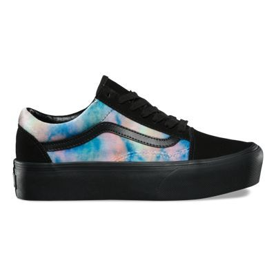 Shop bestselling Classics Shoes at Vans including Women's Classics, Slip-On, Canvas Authentics, Low Top, High Top Shoes & More. Shop at Vans today!