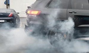 Jeep Grand Cherokee Trackhawk Rwd Conversion Pulling A Fuse Does Huge Burnout Remember The First Rumors About Cars Au Jeep Grand Jeep Grand Cherokee Jeep