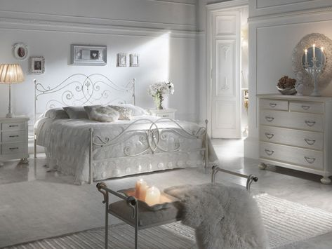 Arredamento Shabby Chic Camere Da Letto : Esempi di arredamento shabby chic per la camera da letto