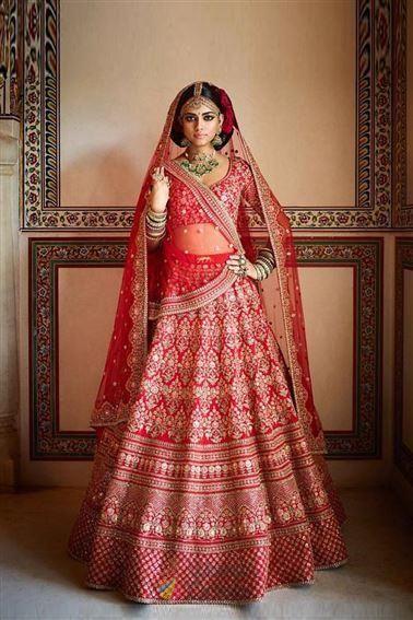 Feminine Red Silk Embroidered Wedding Wear Lehenga Choli Womenoracle In New Zealand In 2020 Designer Bridal Lehenga Choli Indian Bridal Dress Designer Bridal Lehenga