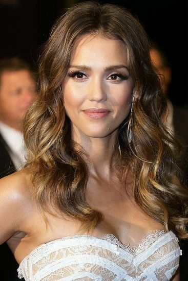 Pin By Caymanone On Jessica Alba In 2019 Jessica Alba Hair