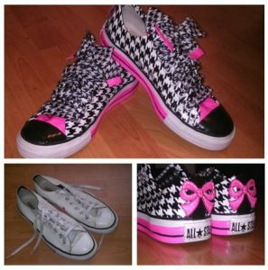 Duct Tape Shoe Designs Way COOL!!  #ducttape #shoes #DIY #therepowoman.com