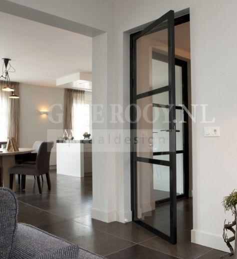 Metalen deuren: 1 zo\'n deur vanuit te gang naar de woonkamer wil ...