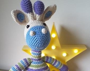 Letras e Artes da Lalá: Amigurumis: girafas (SEM RECEITAS). Fotos: Pinterest/Instagram.  Desconheço a autoria dos trabalhos.   Padrões de amigurumi, Desenho girafa  e Amigurumi de animais de crochê   270x340