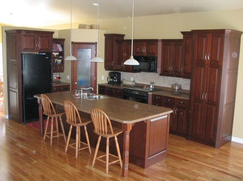Kitchen Cabinets Maple Amber Countertops Formica Laminate