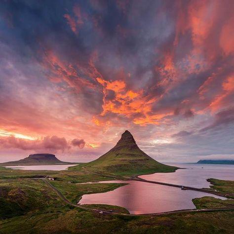 Islande Montagne Kirkjufell Paysage Ciel Papier Peint Coucher De Soleil Peinture Paysage