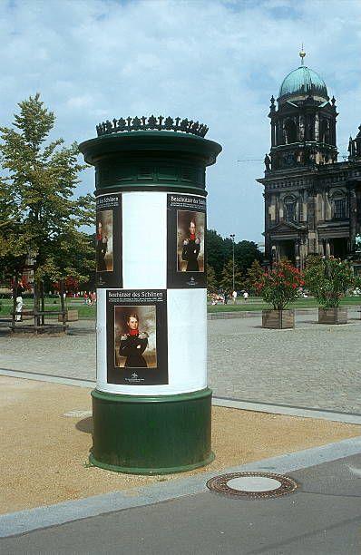 2001 Litfass Saeule Am Lustgarten In Berlin Mitte In 2020 Wonders Of The World Berlin Berlin Today