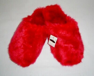 Details About J Crew Bright Red Fuzzy Faux Fur Scuff Bedroom Slippers Size M Nwt In 2020 Red Slippers Faux Fur Slippers Bedroom Slippers