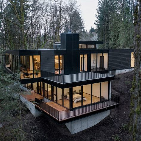 Dream Home Design, Modern House Design, Glass House Design, Black House Exterior, Casas Containers, Luxury Homes Dream Houses, Container House Design, Sea Container Homes, House Layouts