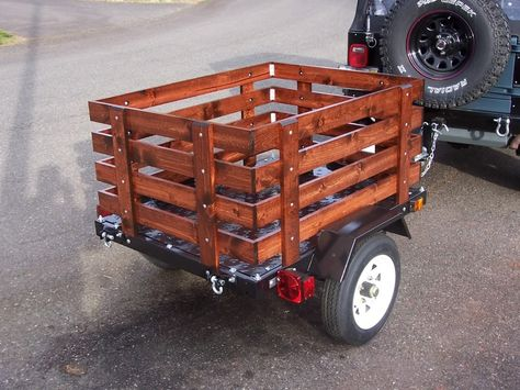 Harbor Freight utility trailer mod with fenced enclosure.