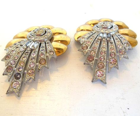 Vintage Rhinestone Brooch Set Pot Metal Gold Silver Scalloped Linear 40's (item 27)
