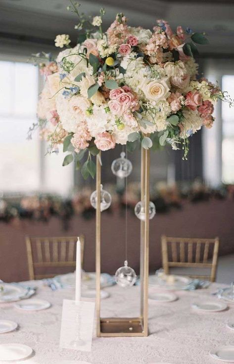 Pink and Ivory Tall Wedding Centerpiece # Wedding Centerpiece .- Rosa und Elfenbein hoch Hochzeit Herzstück 20 wundersc… Pink and Ivory High Wedding Centerpiece # Wedding Centerpieces 20 Gorgeous High W … – Wedding – # Ivory # Centerpiece - Tall Wedding Centerpieces, Wedding Table Centerpieces, Wedding Flower Arrangements, Floral Centerpieces, Centerpiece Ideas, Table Decor Wedding, Rose Gold Centerpiece, Large Floral Arrangements, Quinceanera Centerpieces