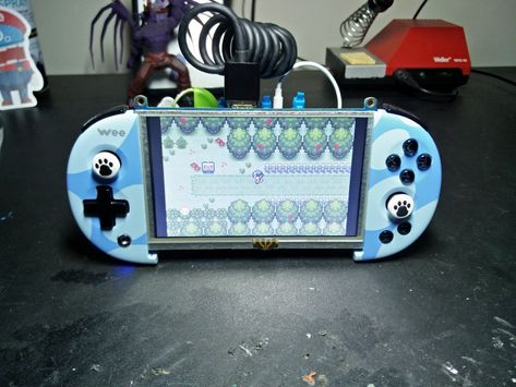 We seem to have entered into an age where conditions have become perfect for building your own handheld game console. Hardware like LCDs…