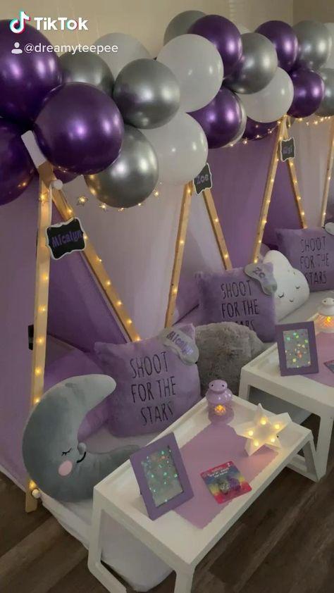Birthday Sleepover Ideas, Sleepover Activities, 13th Birthday Parties, Teenage Girls Birthday Party Ideas, Slumber Party Ideas, Slumber Party Foods, 10th Birthday, Birthday Party Themes, Kids Spa Party