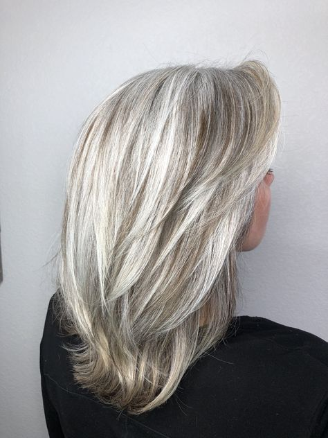 68 Ideas For Hair Color Grey Highlights Going Gray Older Women Gray Hair Highlights Grey Hair Color Hair Styles