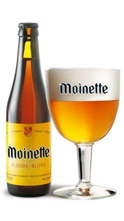 Moinette blonde / Teneur en alcool : 8,5 % vol. La Moinette blonde est une bière de fermentation haute, refermentée en bouteille. Créée en 1955, cette bière est le fleuron de notre brasserie sur le marché belge. Son nom provient d'une déformation du vieux français « moëne » signifiant « marécage, lieu humide », caractéristique propre à notre région il y a plusieurs siècles. Il existait aussi un moulin et une cense de la Moinette à Tourpes, propriétés de la famille Dupont. A l'origine, cette ...