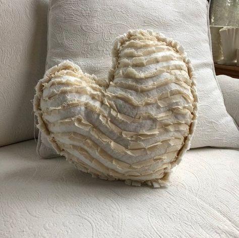Pillow Case Blanc White Heart