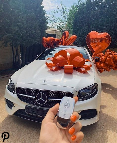 #rich  #millionaire  #millionairelifestyle  #luxurycars  #cars  #life  #beautifulcar  #richlife  #richpeople  #dating Pin on For my Queen