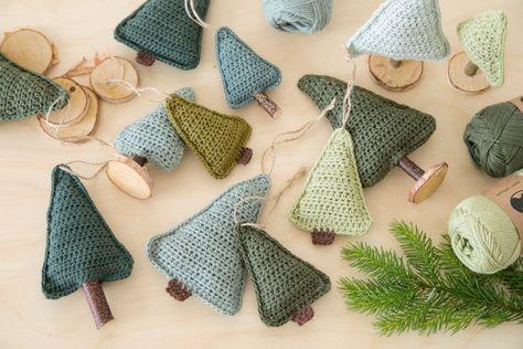 DIY Crochet Christmas Trees