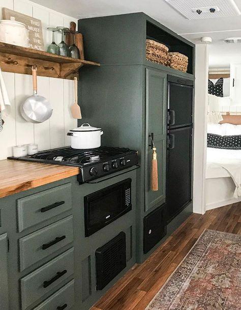 Tiny House Living, Rv Living, Camper Renovation, Rv Interior Remodel, Airstream Interior, Vintage Airstream, Vintage Caravans, Vintage Campers, Vintage Trailers