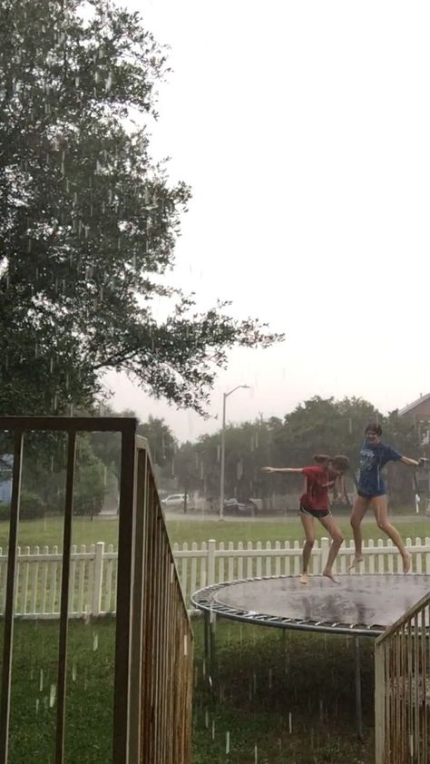 besties jumping in the rain - #BESTIES #jumping #rain