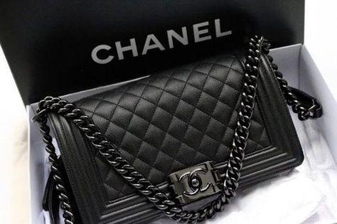 Chanel so black boy! medium size big New Chanel so black boy! Chanel Handbags, Black Handbags, Fashion Handbags, Fashion Bags, Chanel Bags, Black Chanel Purse, Fashion Mode, Burberry Handbags, Trendy Fashion