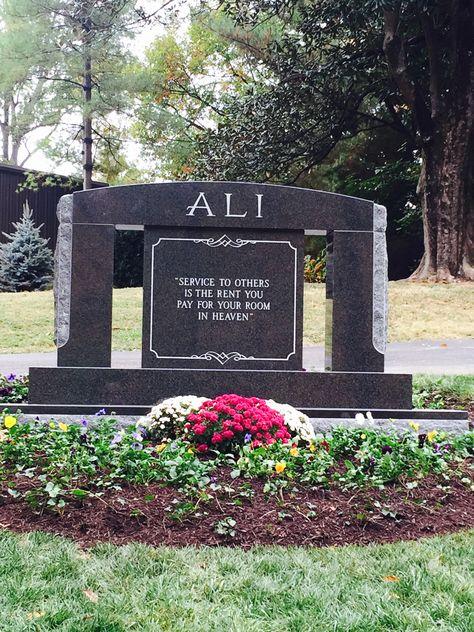 2016 Scottsdale Maricopa County Arizona, USA Burial: Cave Hill Cemetery Louisville Jefferson County Kentucky, USA Plot: Sec. U GPS (lat/lon):