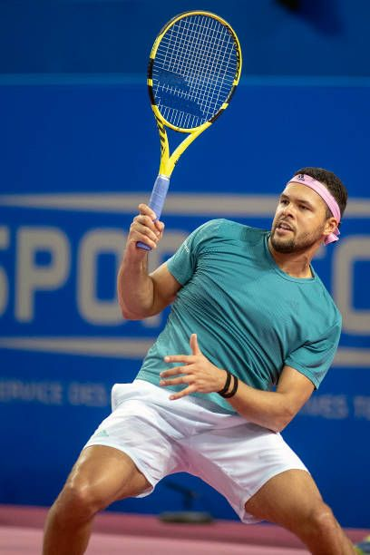 Jo Wilfried Tsonga Won The Montpellier Open Title With A 6 4 6 2 Win Over Fellow Frenchman Pierre Hugues Herb Tennis Players Tennis Photos Best Tennis Rackets