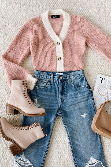 We put together the perfect outfit to brighten up your winter wear with our Little Bit of Sweetener Pink and Cream Cropped Cardigan Sweater! Soft knitted pink and cream come together and pair perfectly with hiking boots and denim. #lovelulus