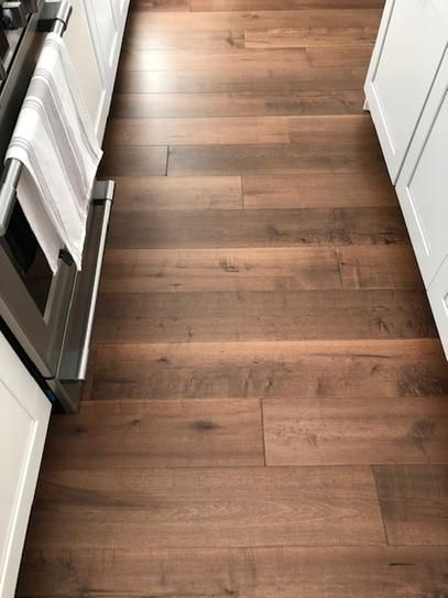 Malibu Wide Plank Maple Cardiff 1 2 In Thick X 7 1 2 In Wide X Varying Length Engineered Hardwood Flooring 932 4 Sq Ft Pallet Hdmptg046efp The Home De In 2020 Engineered Hardwood