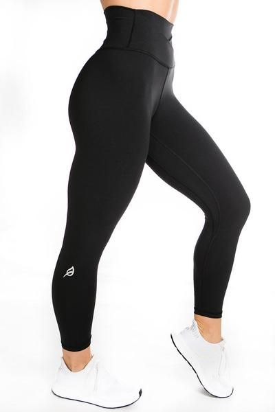 The Emily S Offer A Detailed High Waist With A Crisscross Front Panel They Were Inspired By Blending Ou Sporty Outfits Yoga Workout Clothes Sports Wear Women The kate legging is probably my favorite p'tula product to date! yoga workout clothes